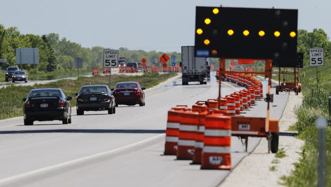 The start of construction on I-43 just south of the 152 Manitowoc exit Tuesday, Jun. 6, 2017, in Manitowoc, Wis. Josh Clark/USA TODAY NETWORK-Wisconsin