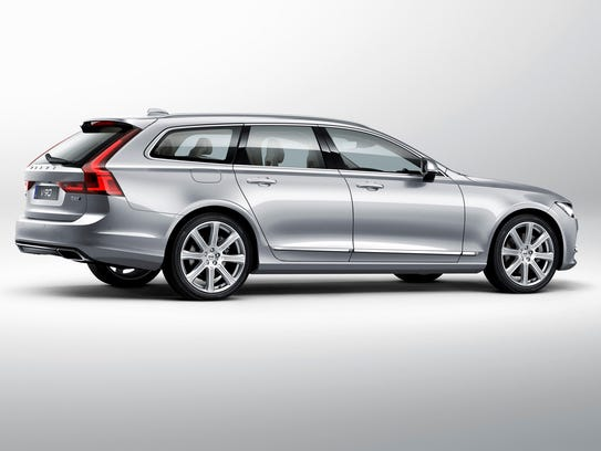 The V90 will be available with both T5 FWD and T6 AWD