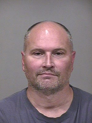 In September of 2014, former Suns guard Rex Chapman was arrested on suspicion of stealing more than $14,000 in merchandise from the Scottsdale Quarter Apple store on separate occasions over the course of several weeks. Chapman plead guilty to four felony theft charges and was sentenced to 18 months of supervised probation.