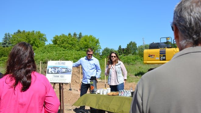 Brian and Sarah Bonovich, developers and owners of Tall Pines Estates, thank supporters and Sturgeon Bay city staff who attended groundbreaking Monday, June 11, 2018.