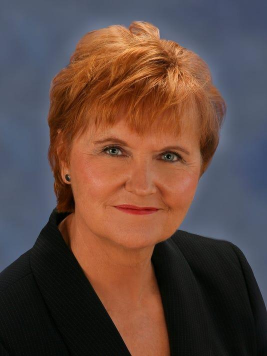 Dorothy Nash Holmes