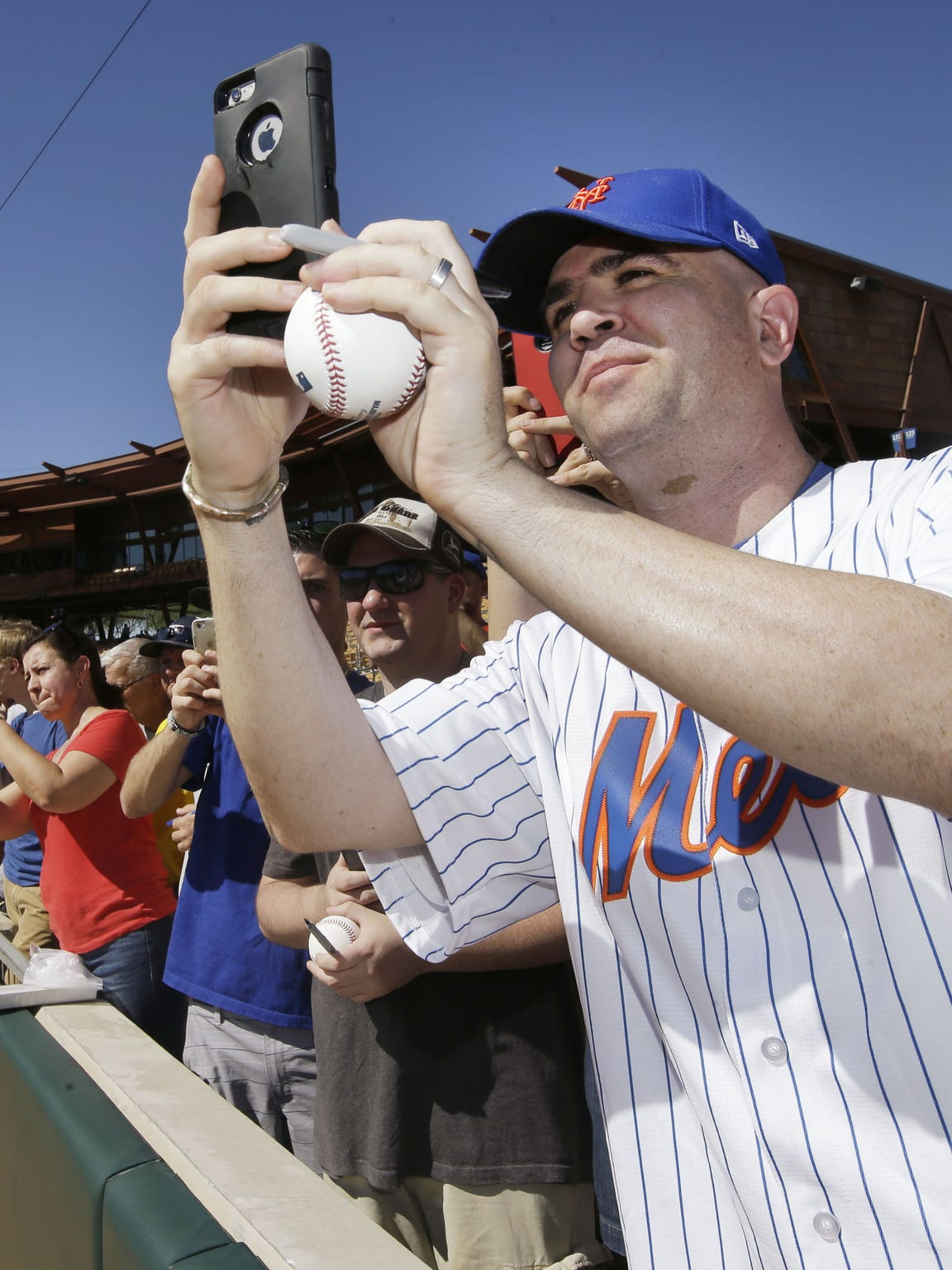 Daniel Kelly of Casa Grande takes a photo of Scottsdale