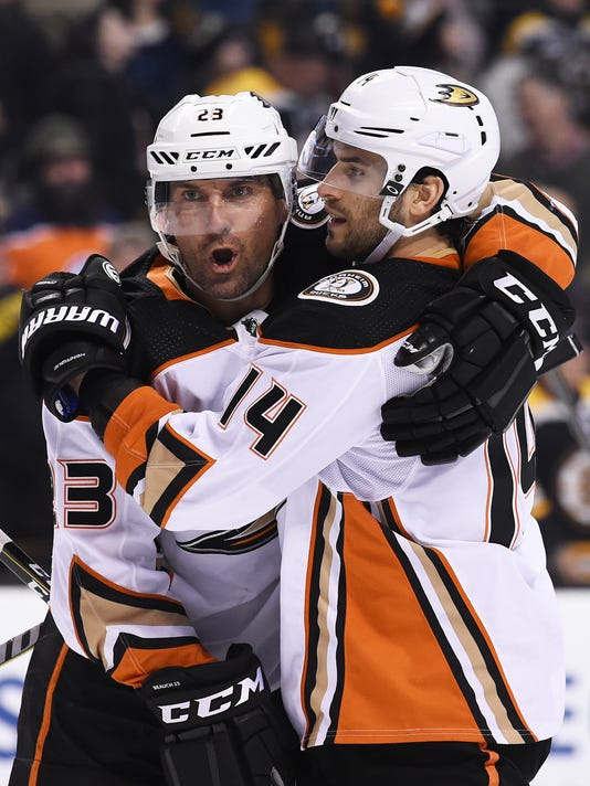 USP NHL: ANAHEIM DUCKS AT BOSTON BRUINS S HKN BOS ANA USA MA