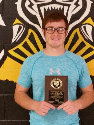 Please join 94KEY, Vision Ford Lincoln Hyundai along with the Alamogordo Daily News as we salute AHS Senior, Brandon Henderson in winning this weeks TKA award! Brandon is involved in National Honor Society, Golden Scholar and the Advanced Placement Program. He volunteers his time with the Boys & Girls Club and Big Brothers Big Sisters.