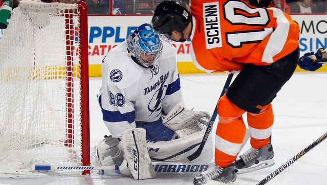 Brayden Schenn and the Flyers are hoping to break out of a season-long losing streak.