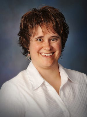 Mary Brown,a clinical metabolic dietitian at the Intermountain LiVe Well Center.