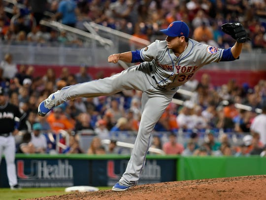 Jun 30, 2018; Miami, FL, USA; New York Mets relief pitcher Anthony Swarzak (38) throws in the eighth inning against the Miami Marlins at Marlins Park.