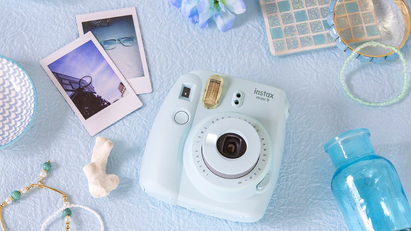 8f6c6b4bdc5 The Best Instant Film Cameras of 2018