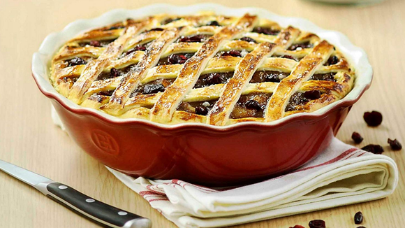 The best Thanksgiving tools of 2018: Emile Henry pie