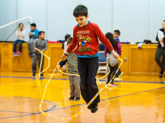 Jason Whichard jump ropes for Jump Rope for Heart at