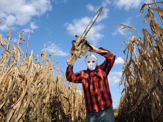 01 zan 1016 corn maze