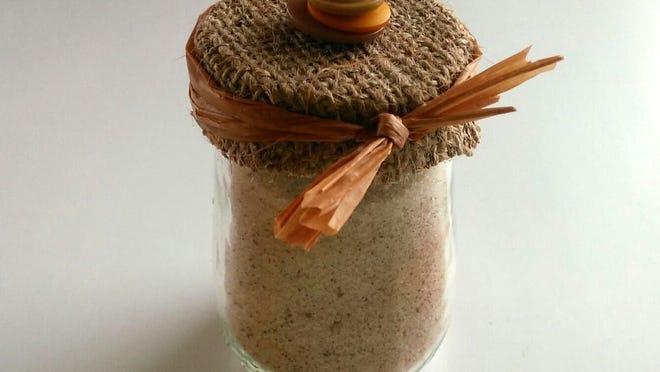 Create fall-themed acorns with re-purposed baby food jars, cinnamon and sugar.