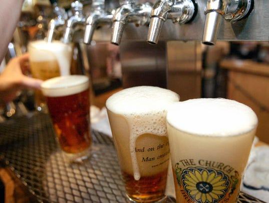 AP CALORIES ON MENUS ALCOHOL A FILE USA PA