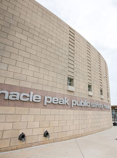Peoria is expanding the Pinnacle Peak Public Safety facility due to the rapid population growth of northern Peoria. The expansion will include a new 17,000 square-foot facility on six acres of land. Here are some of the new features that will be installed in the public safety facility.