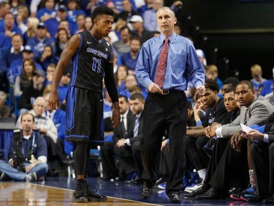 NCAA Basketball: Buffalo at Kentucky