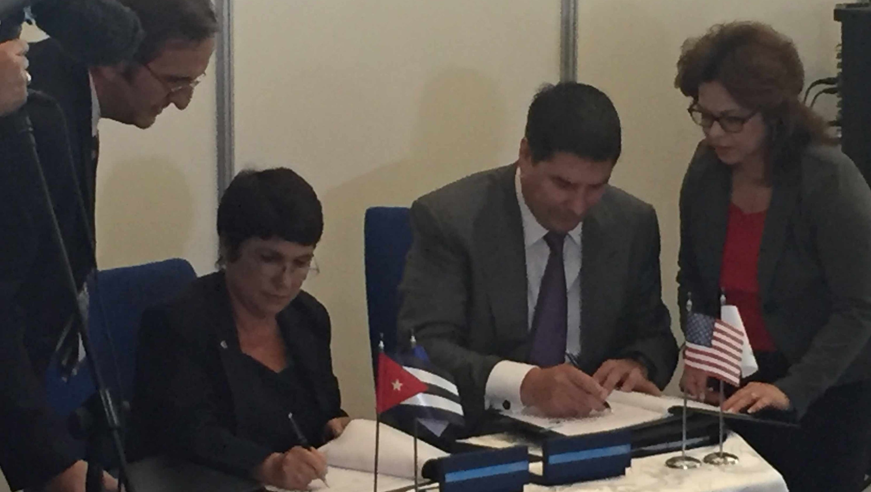 Sprint Signs Agreement With Cuban Officials In Havana