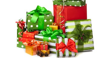 Holiday shoppers have deadlines to meet to get their packages shipped by Christmas Day.