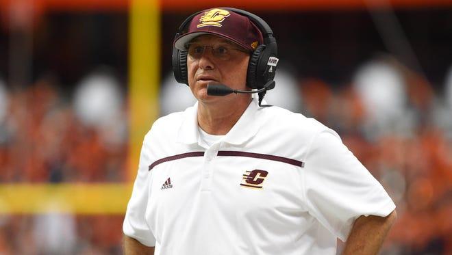 Central Michigan football coach John Bonamego watches action against Syracuse.