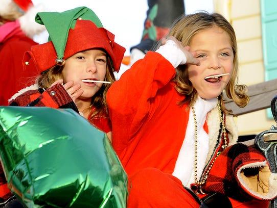 Bronwynn Garrett (left), 7, and Miley Pimentel, 7,