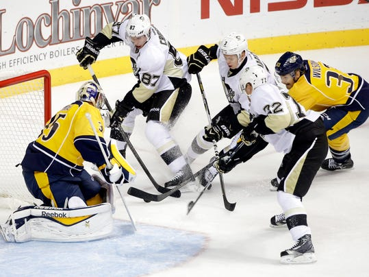 Penguins Predators Hockey (3)