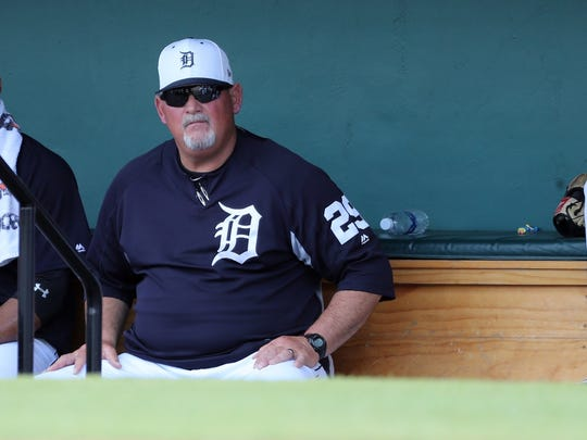 Detroit Tigers pitching coach Chris Bosio (29) at Publix