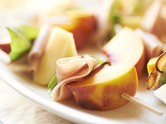 Peachy-Gouda-and-Ham-Skewers_3