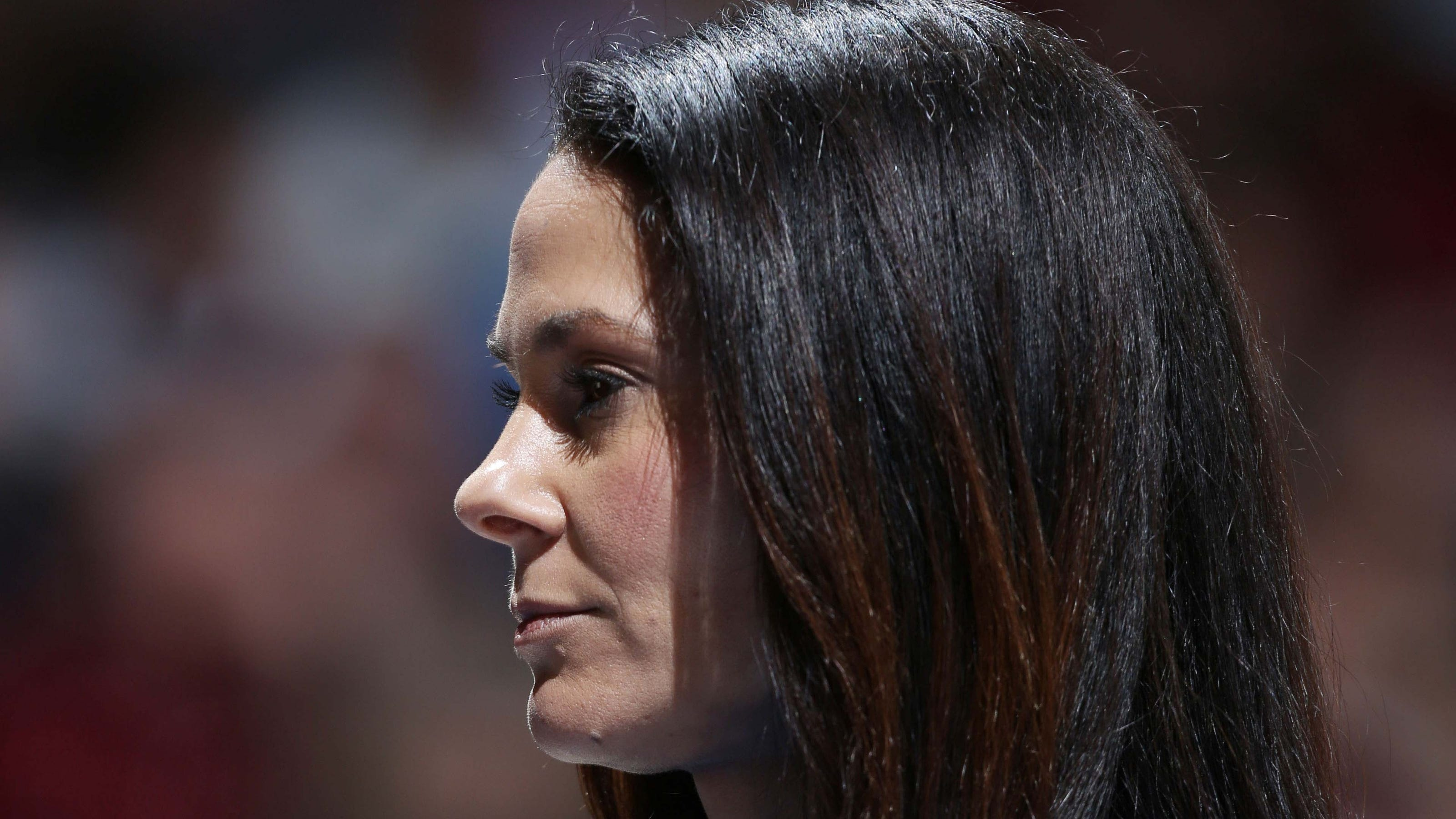 Pitino bookends Final Four TV duties of CBS' Tracy Wolfson