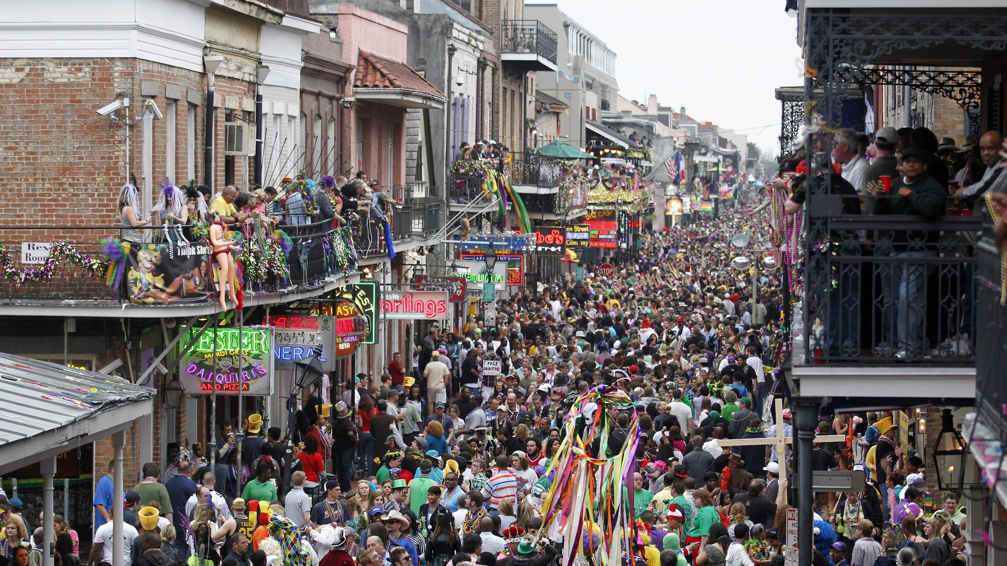 Party central mardi gras super bowl sweep new orleans for What to do in new orleans louisiana