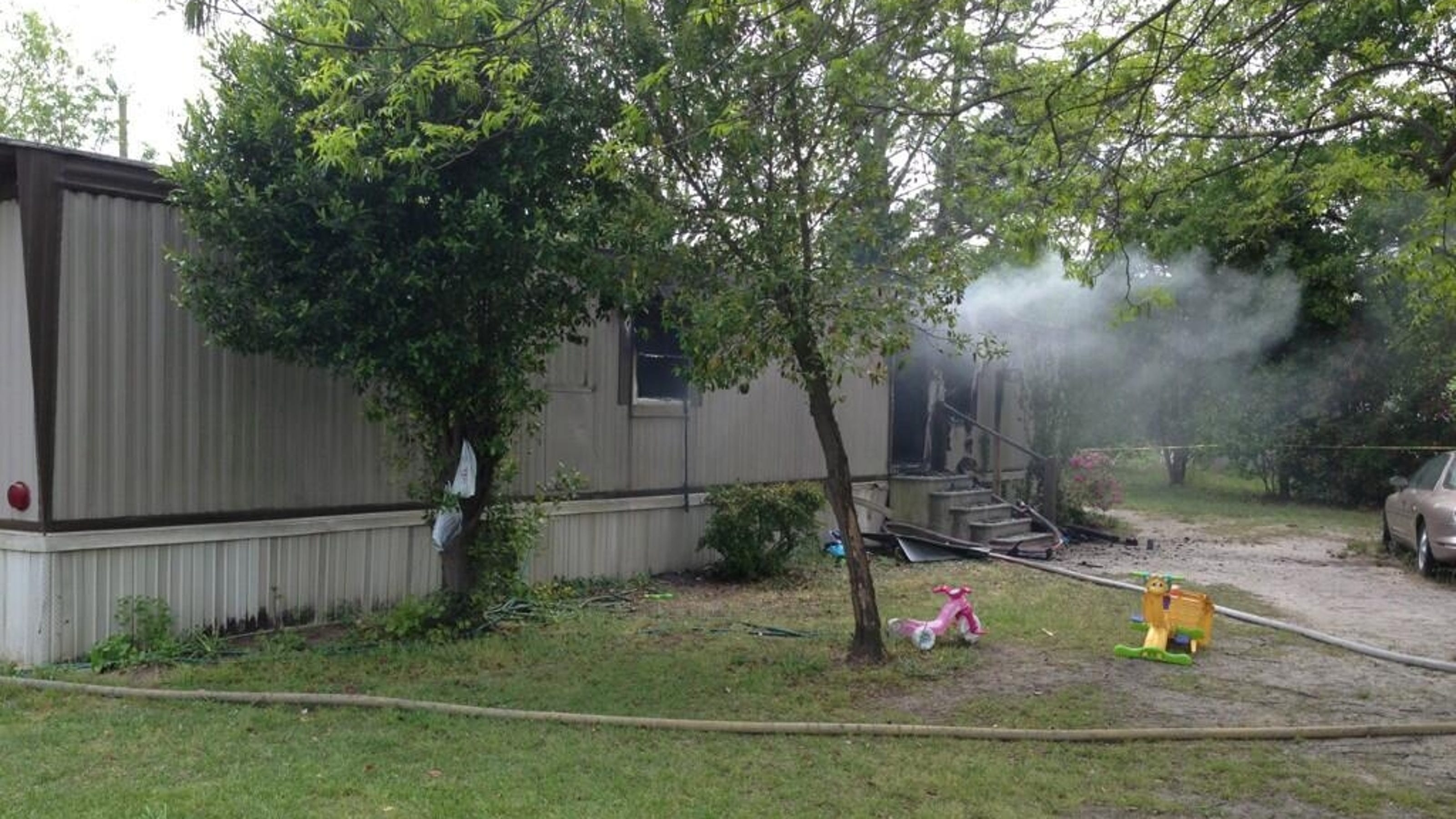 4 kids killed in mobile home fire in south carolina for 2 story modular homes sc