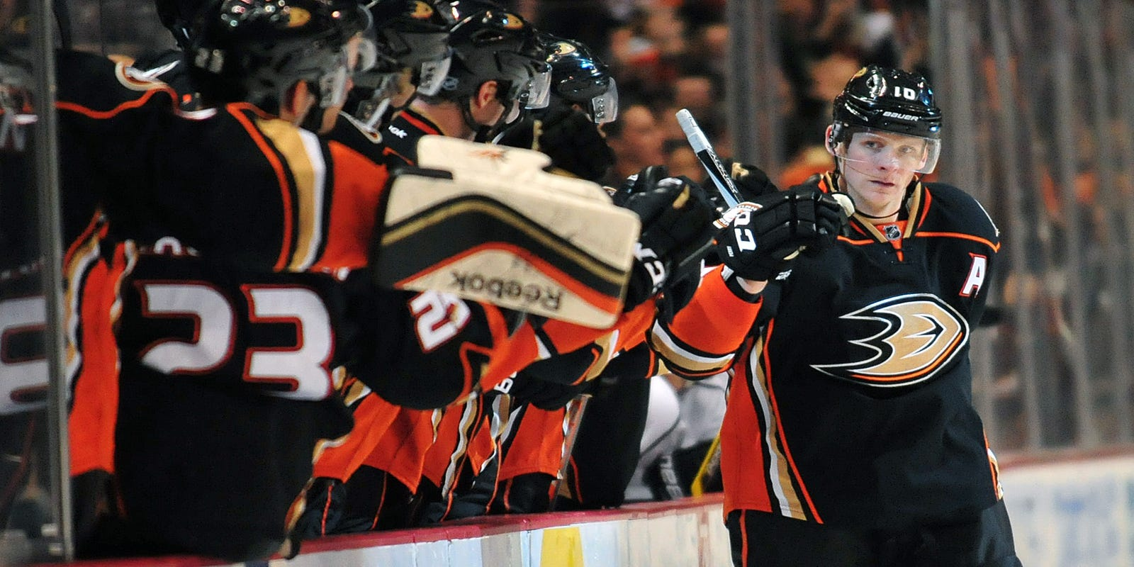 Corey Perry s tiebreaker propels Ducks past Kings 36302d2ec