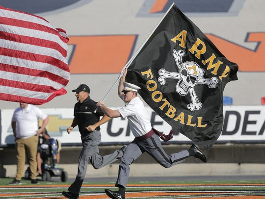 Army takes the field to face UTEP at the Sun Bowl.