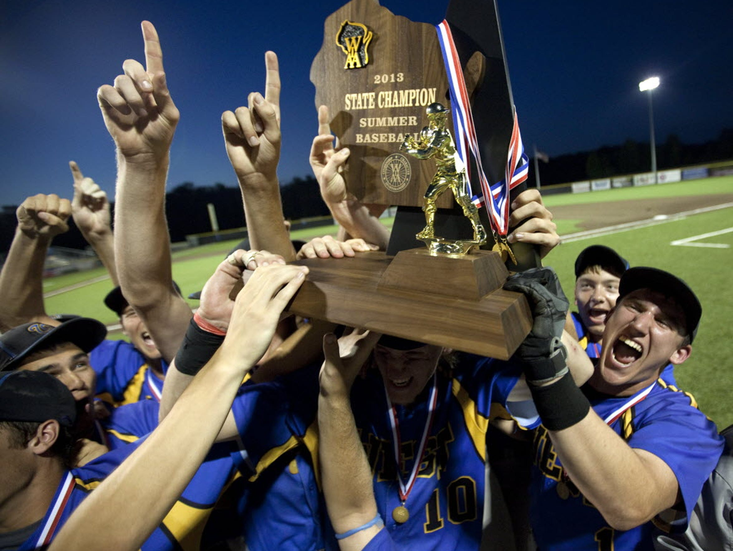 New Berlin West won seven straight games to close out