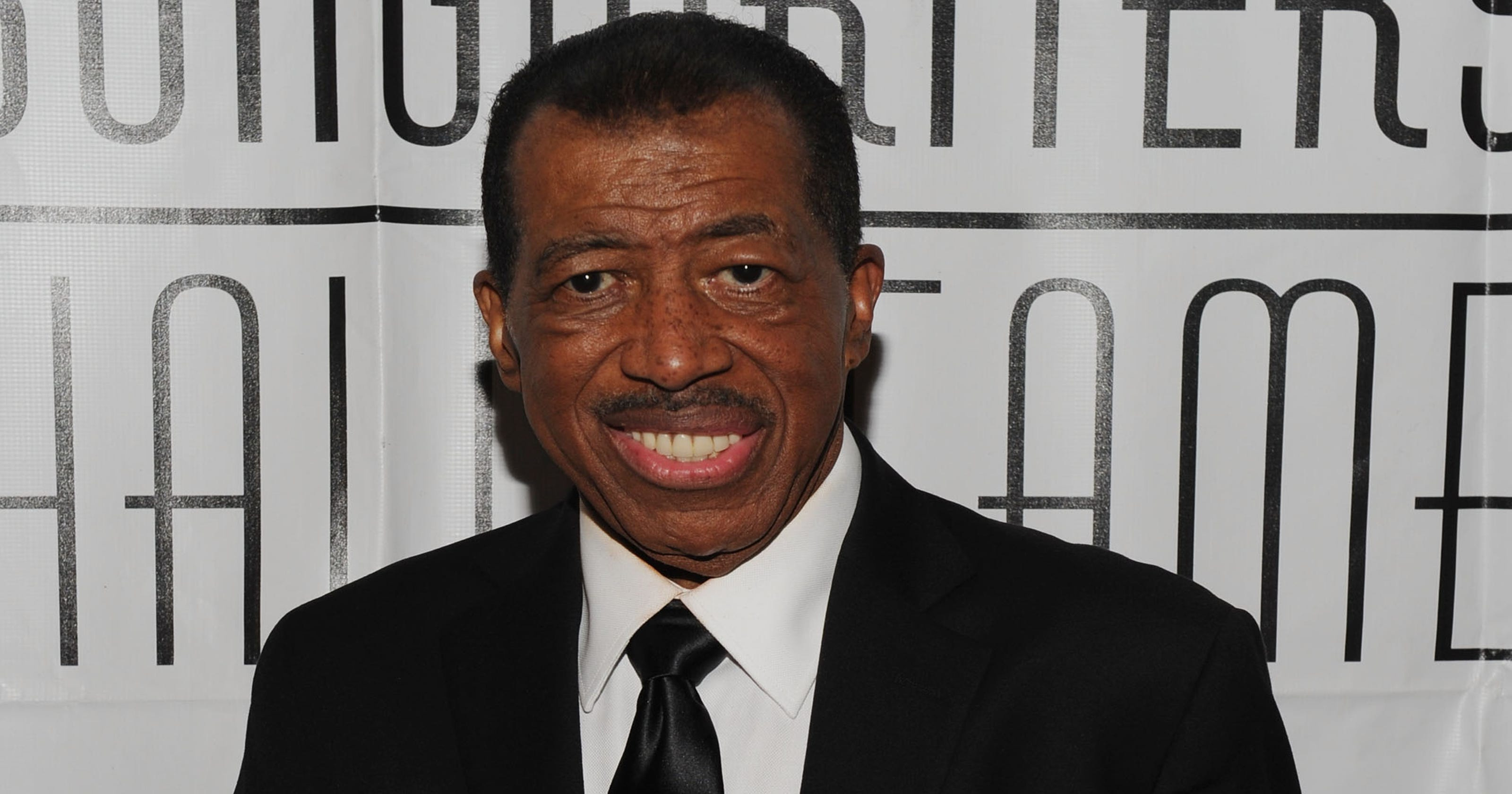 Singer Ben E King Dies At 76 Radio Wave Diagram Http Hollywoodbollywood Co In Hoadmin
