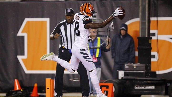 Bengals dominate Dolphins, move to 2-2