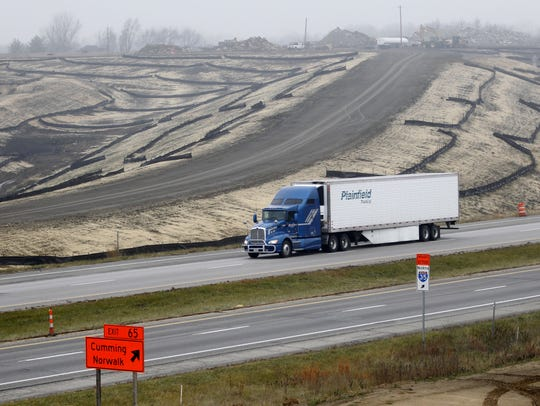The Iowa Department of Transportation on Tuesday unveiled a new $3.4 billion, five-year plan for state and interstate highway construction projects.
