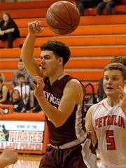 Seymour's Aaron Ermis shared District 9-2A boys MVP honors.