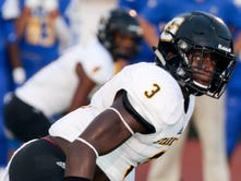 Starkville's Willie Gay is committed to OM, but open