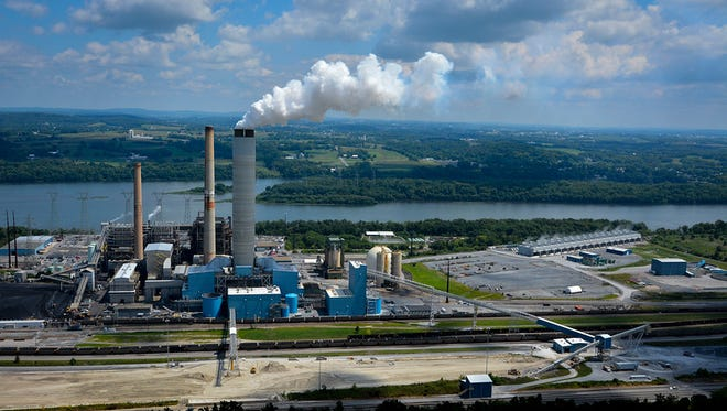 The Brunner Island coal-burning power plant in York Haven was the third-largest source of a smog-causing pollutant in Pennsylvania in 2011, according to a Sierra Club report released this year.  (John A. Pavoncello - jpavoncello@yorkdispatch.com)