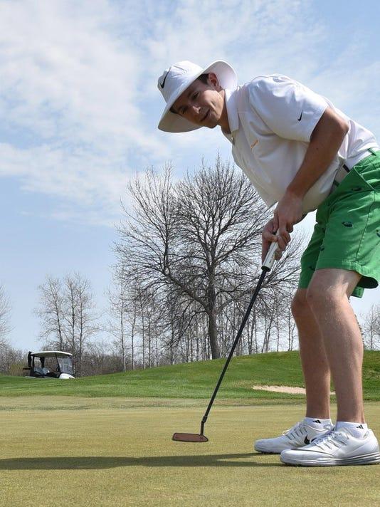 DCA 0415 golf surges 1