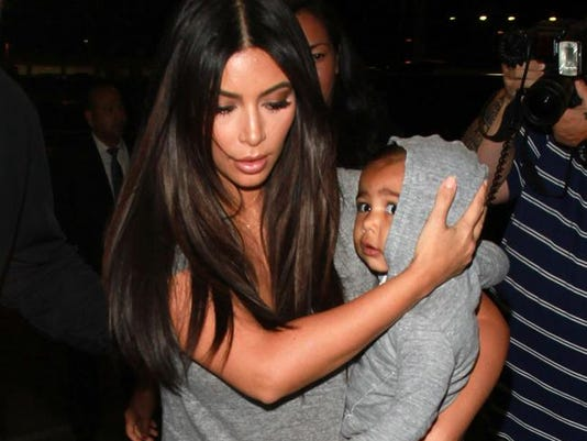 Kim Kardashian West with North