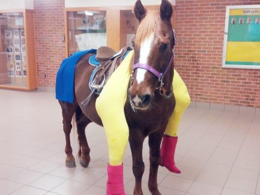Clifford the Horse_01.jpg