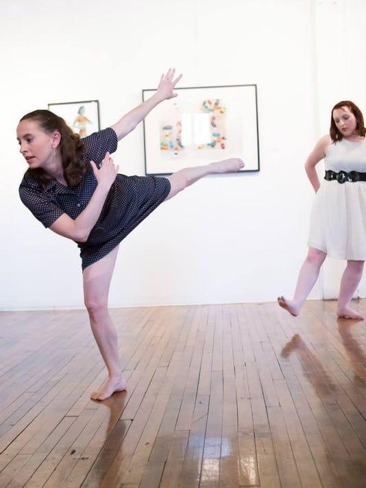 circle-modern-dance.JPG