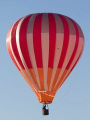 A balloon piloted by Pete Asp of Sullivan was the only