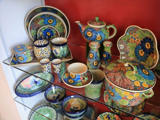 """Pottery Avenue founder Twila Abrams' motto is, """"When your dishes dance, your food sings."""""""