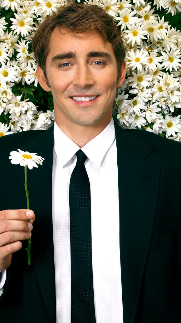 Lee Pace stars as Ned in 'Pushing Daisies'