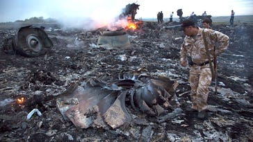 Photos: Malaysia Airlines jet crashes in Ukraine