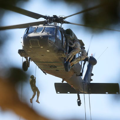 Headquarters battalion uses air assault for unity