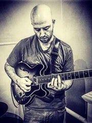 Guitarist Luke Schwartz