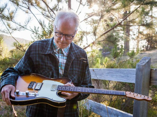 Bill Frisell leads his trio in two sold-out Thursday