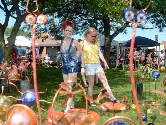 Algonace Art Fair draws thousands
